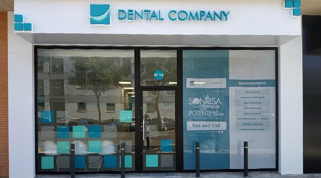 Dental Company Pino Montano Clínica dental Pino Montano