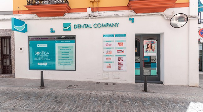 Dental Company Sanlúcar la Mayor Clínica dental Sanlúcar la Mayor