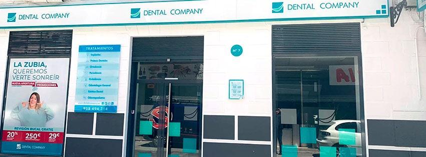 Fachada de Dental Company La Zubia.
