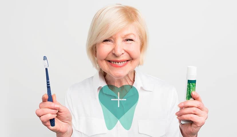 Cuidado dental. Independientemente de tu edad, es importantísimo que mantengas hábitos de higiene bucodental para conservar la salud de tus dientes e implantes.